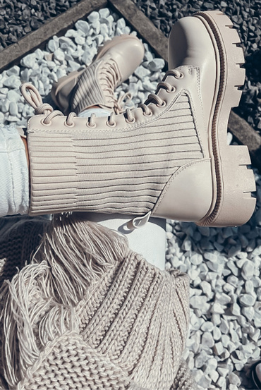 BEIGE ANKLE BOOTS WITH KNITTING ELEMENTS