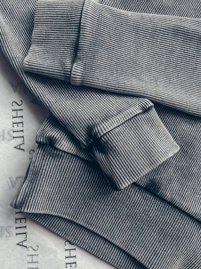 GRAY BLOUSE WITH LONG SLEEVES WITH A WASHED EFFECT | SHEILA SS21