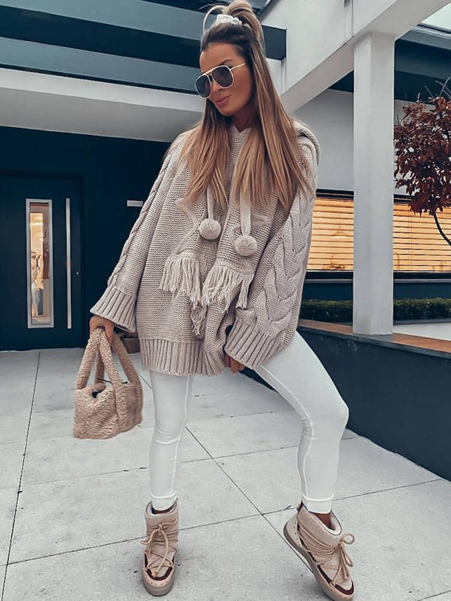 SWEATER  BEIGE WITH A STAR AND FRINGE SH | SHEILA AW20